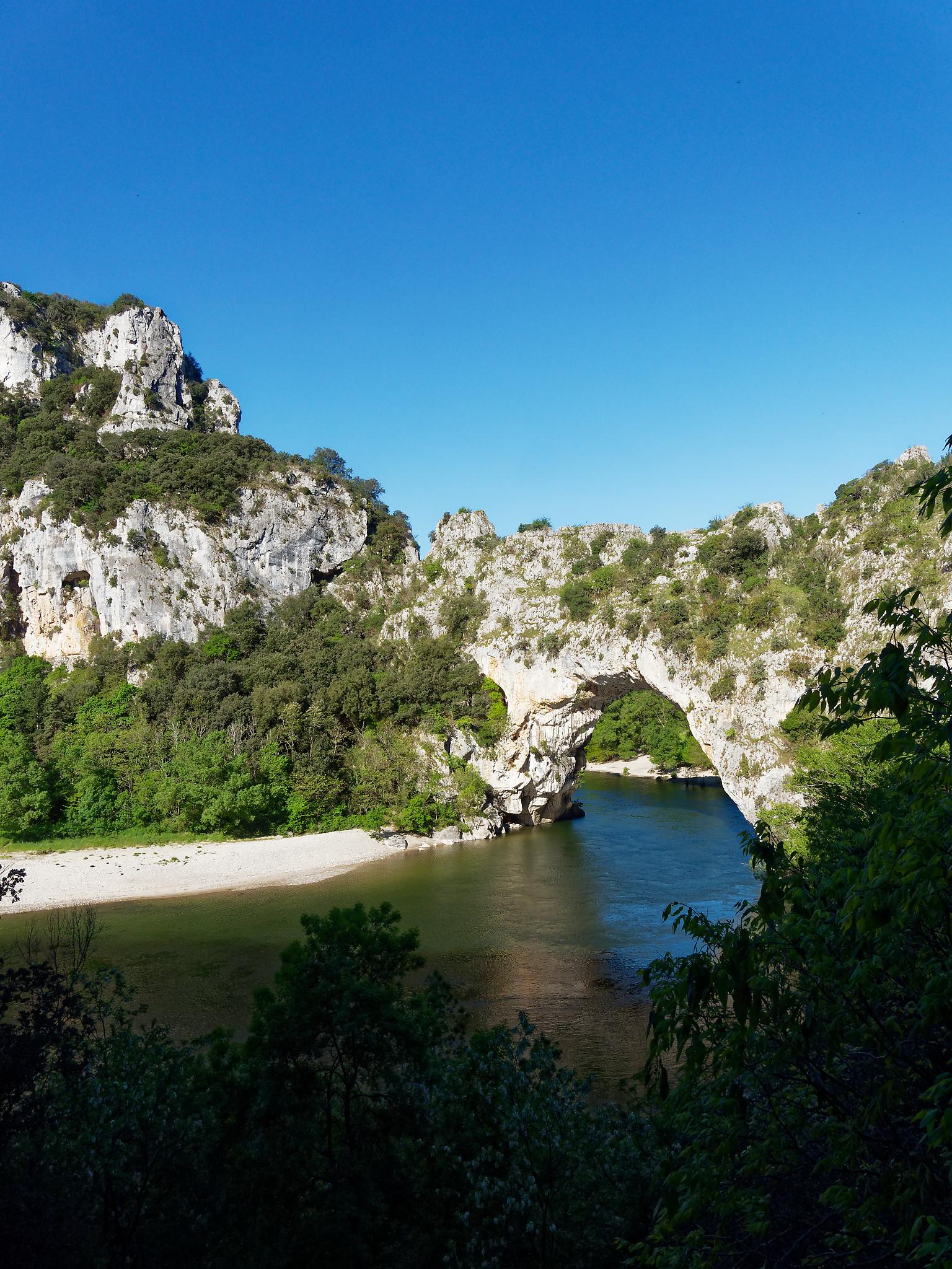 30 avril – Vallon Pont d'Arc / Nîmes