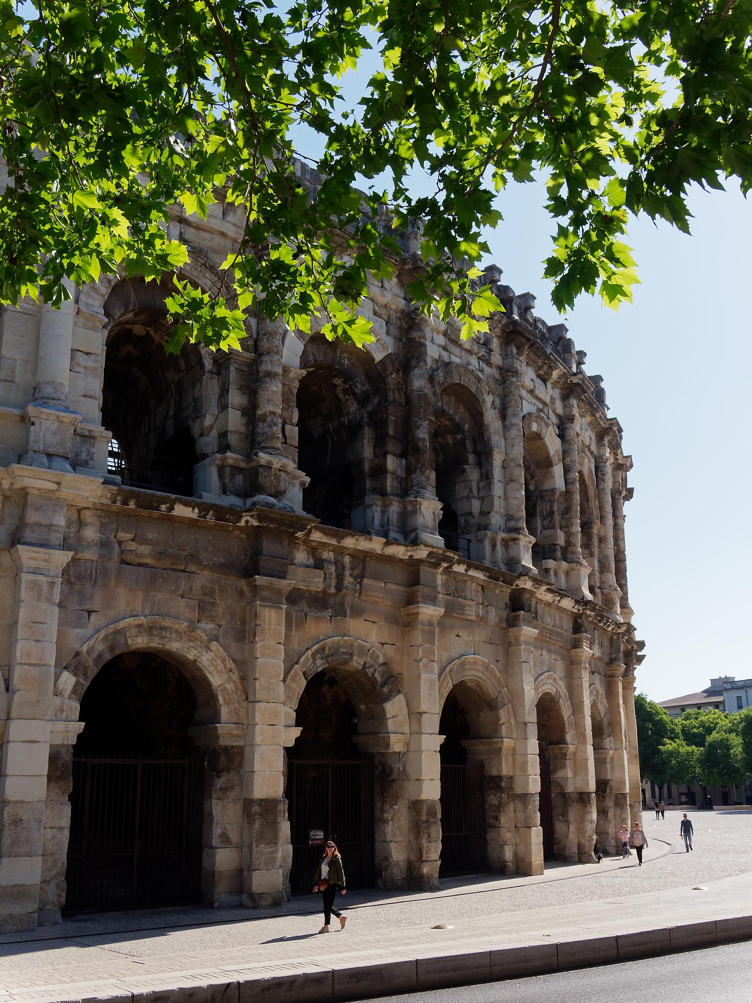 1 mai – Nîmes / Avignon